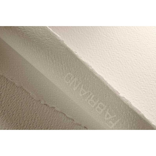 Fabriano папір акварельний  Artistico CP B2 (56*76см), 300г/м2, білий (молочний), крупне зерно