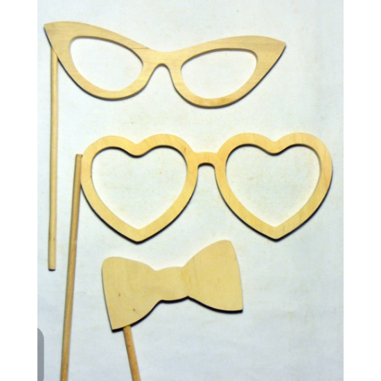 "0670-Набір для фото, фанера (окуляри-19/6 см, окуляри ""Серця""-18/7,5 см, метелик-12/6 см), 20*19 см"